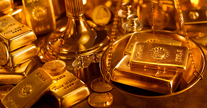Panoramic hoard of gold ingots and coins